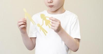 Cara Menjelaskan Perceraian Orangtua Anak