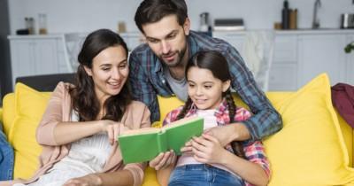6 Mitos Seputar Anak Berbahasa Bilingual, Ternyata Tidak Benar Lho!