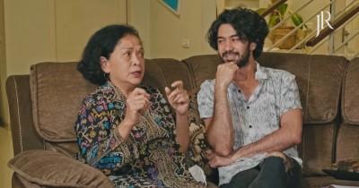 Demi Sang Mama, Reza Rahadian Pernah Buka Jasa Jadi Tukang Rumput