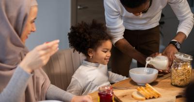 Tetap Penuhi Nutrsi, Ini Menu Buka Puasa Baik Anak-Anak
