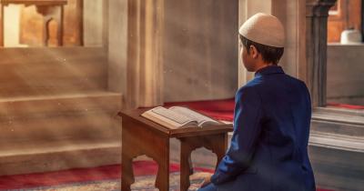 Kandungan Surat Ali-Imron ayat 159 Mengajarkan Hidup Tertib dan Damai