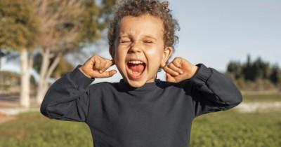 11 Pengobatan Alami Mengatasi Sakit Telinga Anak