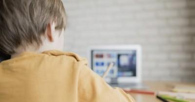 5 Pertanyaan Membuktikan Anak Baik-Baik Saja saat Belajar Online