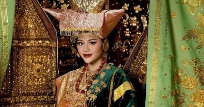 Bocoran Gaun Pengantin Aurel Hermansyah, Ada Kristal Swarovski