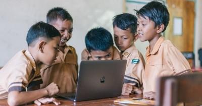 Nadiem: Sekolah Tatap Muka Sulit Digantikan dengan PJJ