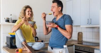 Hindari saat Sahur, 5 Makanan bikin Cepat Haus