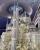 3. Kue pengantin setinggi tiga meter