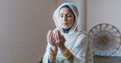 7 Amalan Pahala Besar Bulan Ramadan, Menambah Iman Ketakwaan