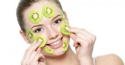 5 Manfaat Masker Kiwi Bisa Mengatasi Kulit Kusam