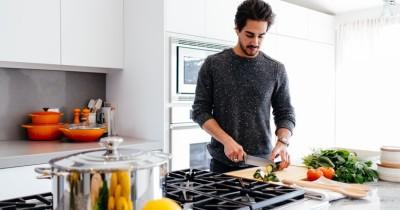 5 Cara Menghindari Bahaya saat Memasak Dapur