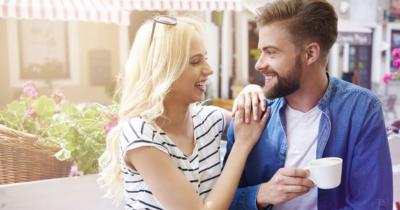 5 Tips Membangun Komunikasi Sehat Efektif Suami Istri