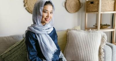 Selalu Memandang Sisi Baik, Inilah 5 Cara Berpikir Positif dalam Islam