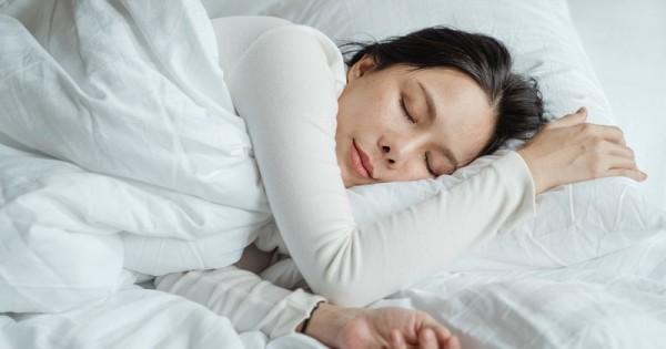 Benarkah Ibu Hamil Muda Dilarang Tidur Di Pagi Hari Popmama Com