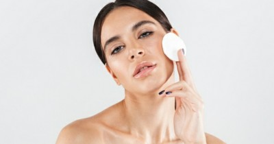 7 Rekomendasi Peeling Pad Eksfoliasi