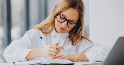 5 Kegiatan Seru yang Bisa Dilakukan Anak saat Jam Istirahat Sekolah