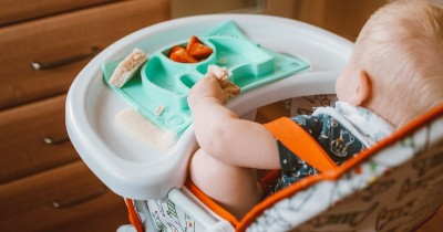 Wajarkah Bayi Menolak Makan di Awal MPASI? Ini Cara Mengatasinya!