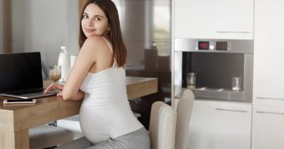 6 Cara Mengatasi Stres Kerja selama Hamil Tua