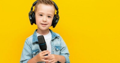 Tak Sekadar Hobi, 5 Manfaat Bernyanyi bagi Balita