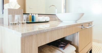 5 Tips Menata Barang di Kamar Mandi agar Bersih dan Anti Bau