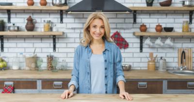 6 Inspirasi Warna Cat Dinding dan Interior Dapur Minimalis yang Cantik