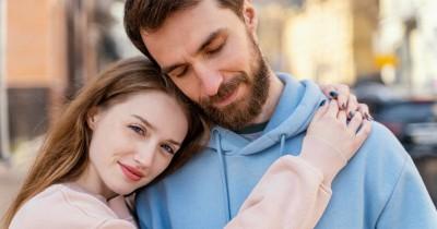 Bagaimana Cara Mengetahui Tipe Bahasa Cinta Pasangan