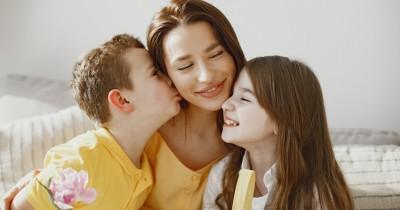 7 Ciri-Ciri Kelekatan Anak dengan Mama yang Terlalu Berlebihan
