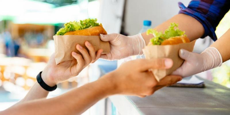 3. Tidak membeli menu junk food dalam bentuk paket