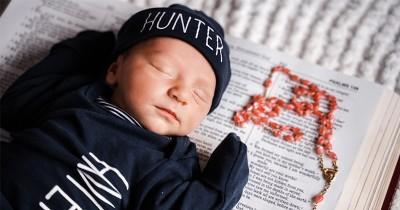 Sulit Menyusu Baik, Ini 5 Masalah Penyebab Bayi Sulit Mengisap