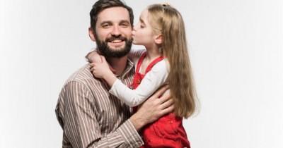 7 Alasan Anak Perempuan Terkadang Lebih Dekat Sang Papa