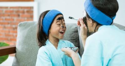 5 Cara Membuat Masker Wajah Alami Anak-Anak