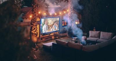7 Rekomendasi Merek Proyektor LED Mini Kebutuhan Home Theater