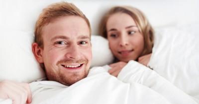 5 Cara Merayu Pasangan agar Mau Berhubungan Intim