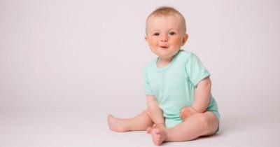 50 Ide Nama Bayi Laki-Laki Islami Lahir Bulan Agustus