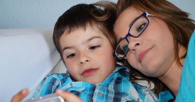 7 Kegiatan Seru untuk Mengenalkan Konsep Waktu pada Anak