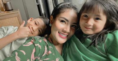 Anak Nindy Ayunda Alami Kekerasan dari Pengasuhnya, Ini Komen Netizen
