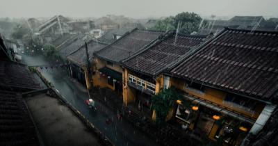 5 Tips Menjaga Rumah Tetap Aman saat Musim Hujan