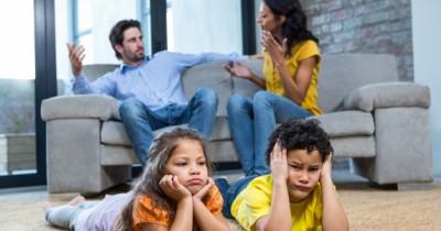 Inilah 6 Perbedaan Dampak Perceraian Anak Laki-Laki Perempuan