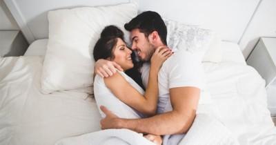 5 Gaya Bercinta yang Bikin Lebih Bersemangat saat Morning Sex