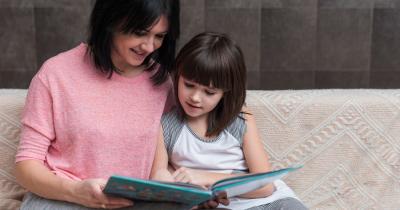 Lewat Membaca Bisa Tenangkan Mama dan Anak di Masa Pandemi