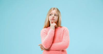 5 Cara Menjelaskan Kapan Mulai Tumbuh Bulu Kemaluan kepada Anak