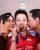 1. Dukungan terbesar Kevin Sanjaya dari Mama Papanya