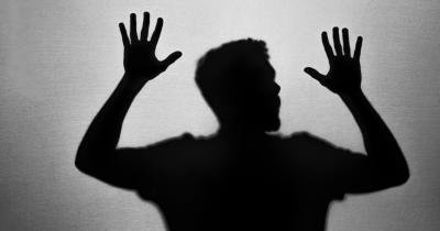 Kronologi Pasangan Suami Istri Disiksa Besi Panas karena Dituduh Dukun