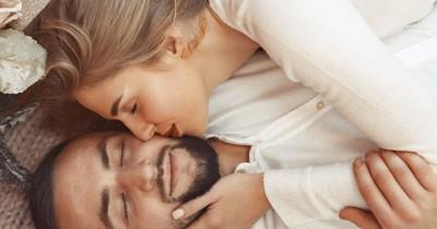 5 Posisi Seks yang Bisa Dilakukan dalam Waktu Kurang dari 10 Menit