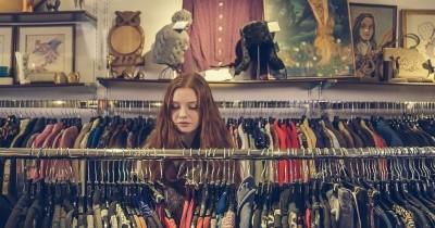 5 Cara Mudah Mencuci Baju Bekas dari Thrift Shop