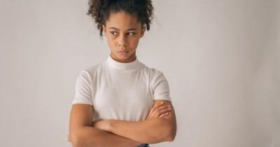 7 Tanda Anak Menjadi Teman Toxic bagi Teman Lingkungannya