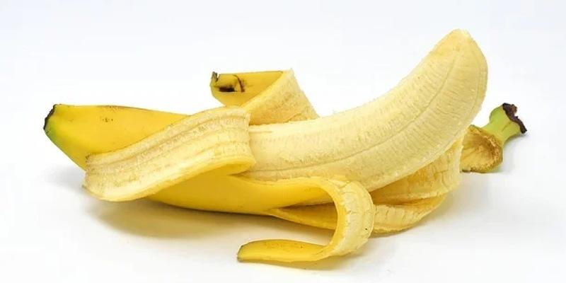 1. Masker lidah buaya pisang
