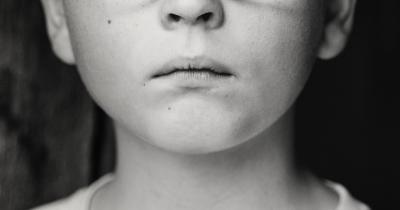 7 Penyebab dan Cara Mengatasi Anak Suka Berbohong