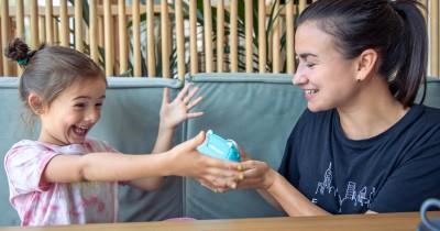 10 Ide Reward Murah dan Gratis untuk Memotivasi Anak