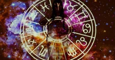 Ramalan Zodiak Minggu Ini, Capricorn Harus Lebih Hemat Uang!