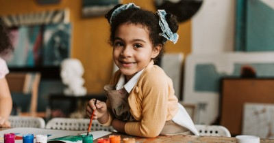10 Tips Terbaik untuk Mendorong Kreativitas pada Anak Balita
